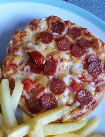 Chicago town pizza melt
