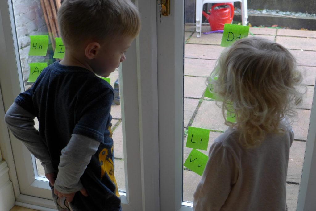 pre schooler letter recognition game